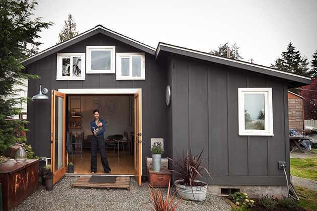 Cum sa-ti construiesti singur o casa din lemn. VIDEO