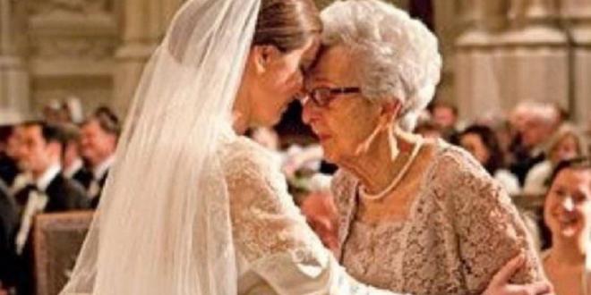 mireasa si bunica