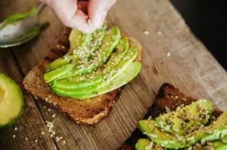 avocado cu paine